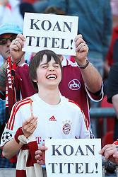 """09.04.2011, easy Credit Stadion, Nuernberg, GER, 1.FBL, 1. FC Nuernberg / Nürnberg vs FC Bayern München / Muenchen, im Bild:.1.FC Nürnberg / Nuernberg / FCN Fans mit Spruchtafeln """"Koan Titel"""".EXPA Pictures © 2011, PhotoCredit: EXPA/ nph/  Will       ****** out of GER / SWE / CRO  / BEL ******"""