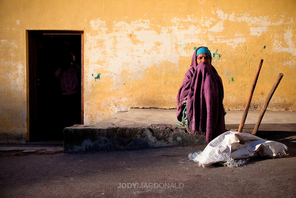 woman in Tibetan colony, Bir, India