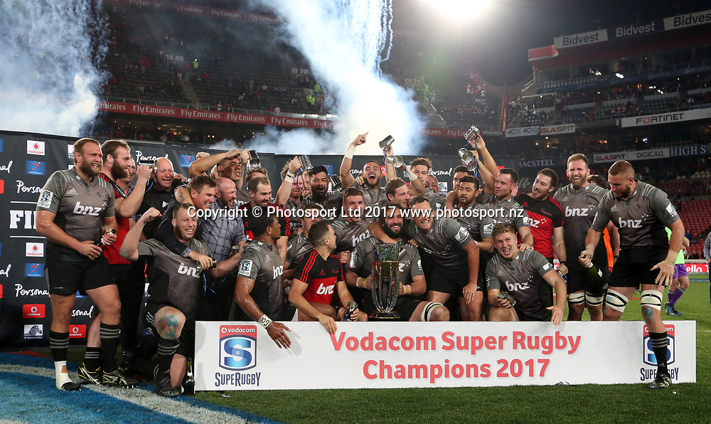 Crusaders celebrates lifting the trophy during 2017 Super Rugby Final match between Lions and Crusaders at Ellis Park Stadium, Johannesburg South Africa on 05 August 2017 ©Muzi Ntombela/BackpagePix www.photosport.nz / www.photosport.nz / www.photosport.nz