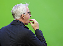 LIVERPOOL, ENGLAND - Sunday, November 8, 2015: Crystal Palace's manager Alan Pardew arrives at Anfield ahead of the Premier League match against Liverpool. (Pic by David Rawcliffe/Propaganda)