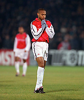 Arsenal forward Thierry Henry in dispair during the match. Shakhtar Donetsk 3:0 Arsenal, UEFA Champions League, Group B, Centralny Stadium, Donetsk, Ukraine, 7/11/2000. Credit Colorsport / Stuart MacFarlane.