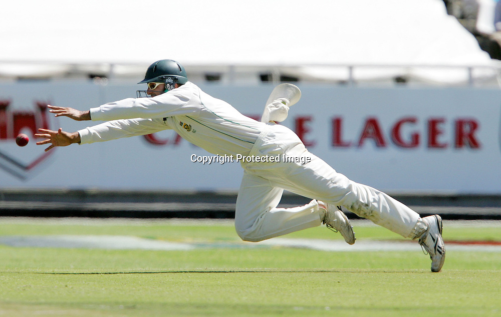 Hashim Amla just misses the catch for Alastair Cook's wicket during the 2nd day of the third test match between South Africa and England held at Newlands Cricket Ground in Cape Town on the 4th January 2010.Photo by: Ron Gaunt/ SPORTZPICS