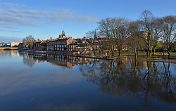 © Licensed to London News Pictures. 06/03/2016. York, UK. After recent heavy rain and snow the River Ouse runs at a high level through York city centre. Photo credit : Anna Gowthorpe/LNP