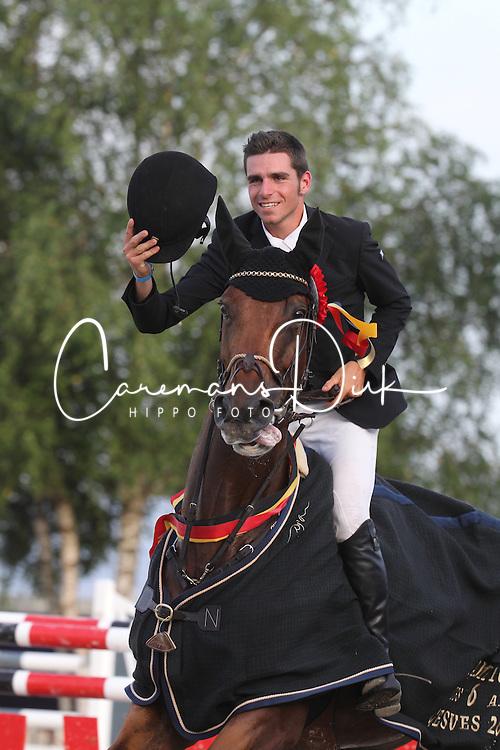 Hens Matthias (BEL) - Gipsy van't Heike<br /> Belgisch kampioenschap jonge springpaarden Gesves 2012<br /> © Hippo Foto - Counet Julien