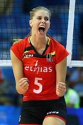 Belgium Laura Heyrman celebrate