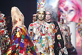Bas Kosters Anti Fashionshow