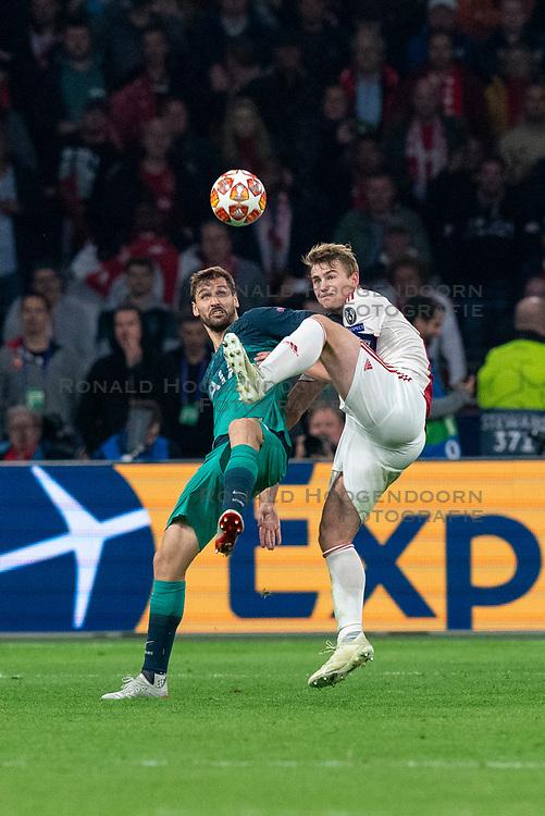 08-05-2019 NED: Semi Final Champions League AFC Ajax - Tottenham Hotspur, Amsterdam<br /> After a dramatic ending, Ajax has not been able to reach the final of the Champions League. In the final second Tottenham Hotspur scored 3-2 / Matthijs de Ligt #4 of Ajax, Fernando Llorente #18 of Tottenham Hotspur