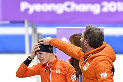 12-02-2018 ALGEMEEN: MEDAL PLAZA OLYMPISCHE SPELEN: OLYMPIC GAMES: PEYONGCHANG 2018<br /> Ireen Wust (JustLease.nl) wint Olympisch goud op de 1500 meter rechts Coach Rutger Tijssen <br /> Foto: Sander Chamid