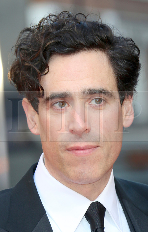 © Licensed to London News Pictures. 13/04/2014, UK. Stephen Mangan, The Laurence Olivier Awards, Royal Opera House, London UK, 13 April 2014. Photo credit : Richard Goldschmidt/Piqtured/LNP