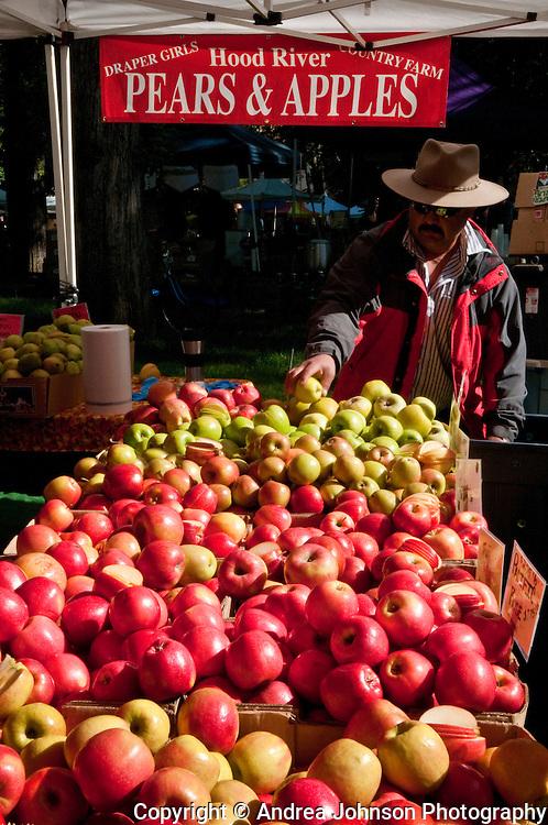 Apples & Pears, Portland Farmer's Market, Oregon
