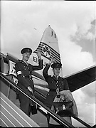 10/08/1960<br /> 08/10/1960<br /> 10 August 1960<br /> Two Irish army officers appointed to the staff of General Carl Carlsson von Horn, Commander of the United Nations forces in the Congo. Colonel Harry W. Byrne, (formerly o/c 1st Brigade, Cork) appointed as Brigade Commander of the 32nd and 33rd Infantry battalions in the Congo and Comandant. Eamonn Doyle, member of the Signal Corps appointed to the operations staff of General von Horn. Picture shows: Col. H.W. Byrne and Comdt. Eamonn Doyle boarding the plane at Dublin Airport.