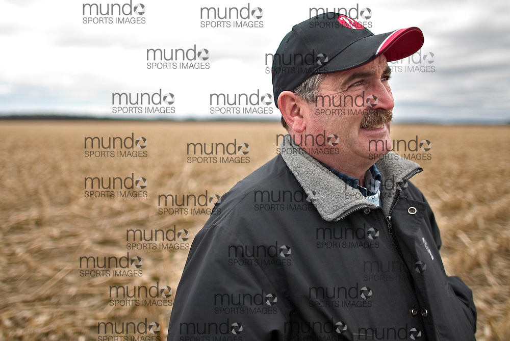 London, Ontario ---04/04/07--- Corn producer Tom Wilson at his farm near Sarnia, Ontario April 4, 2007..GEOFF ROBINS The Globe and Mail
