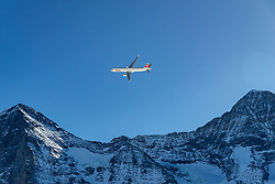 16.01.2020, Lauberhorn, Wengen, SUI, FIS Weltcup Ski Alpin, Vorberichte, im Bild Airbus A320 zwischen Eiger und Mönch // Airbus A320 between Eiger and Monk during a preliminary reports prior to the FIS ski alpine world cup at the Lauberhorn in Wengen, Switzerland on 2020/01/16. EXPA Pictures © 2020, PhotoCredit: EXPA/ Johann Groder