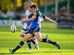 Bath Full Back (#15) Ollie Devoto clears during the first half of the match - Photo mandatory by-line: Rogan Thomson/JMP - Tel: Mobile: 07966 386802 09/11/2012 - SPORT - RUGBY - The Recreation Ground - Bath. Bath v Newport Gwent Dragons  - LV= Cup
