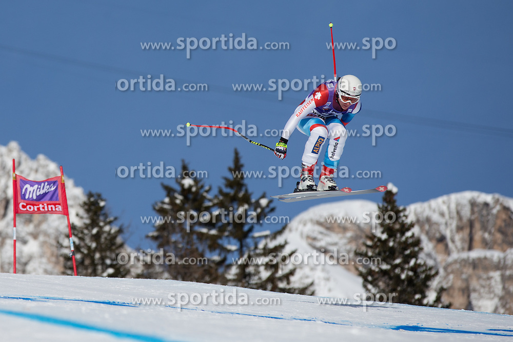 19.01.2013, Olympia delle Tofane, Cortina d Ampezzo, ITA, FIS Weltcup Ski Alpin, Abfahrt, Damen, im Bild Fabienne Suter (SUI) // Fabienne Suter of Switzerland in action during the ladies Downhill of the FIS Ski Alpine World Cup at the Olympia delle Tofane course, Cortina d Ampezzo, Italy on 2013/01/19. EXPA Pictures © 2013, PhotoCredit: EXPA/ Johann Groder