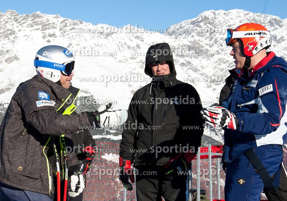 27.12.2011, Pista Stelvio, Bormio, ITA, FIS Weltcup Ski Alpin, Herren, Abfahrt, 1. Training, im Bild am Start Bode Miller (USA) und Didier Cuche (SUI) // Bode Miller of USA and Didier Cuche of Switzerland at the start before first practice session downhill of FIS Ski Alpine World Cup at 'Pista Stelvio' in Bormio, Italy on 2011/12/27. EXPA Pictures © 2011, PhotoCredit: EXPA/ Johann Groder#