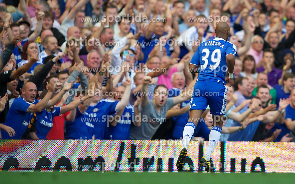 20.08.2011, Stamford Bridge, London, ENG, PL, Chelsea FC vs West Bromwich Albion FC, im Bild Chelsea's Nicolas Anelka celebrates scoring the first goal against West Bromwich Albion during the Premiership match at Stamford Bridge, EXPA Pictures © 2011, PhotoCredit: EXPA/ Propaganda/ D. Rawcliffe *** ATTENTION *** UK OUT!