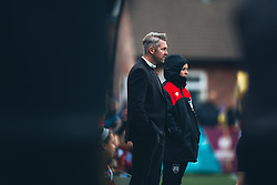 Bristol City Women Manager Willie Kirk looks on - Rogan Thomson/JMP - 06/11/2016 - FOOTBALL - The Northcourt Stadium - Abingdon-on-Thames, England - Oxford United Women v Bristol City Women - FA Women's Super League 2.