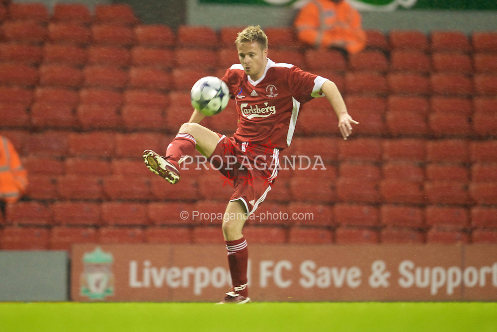 LIVERPOOL, ENGLAND - Thursday, May 14, 2009: Liverpool Legends' Nicky Byrne during the Hillsborough Memorial Charity Game at Anfield. (Photo by David Rawcliffe/Propaganda)