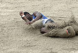 09-07-2006 ATLETIEK: NK BAAN: AMSTERDAM<br /> Eugene Martineau<br /> ©2006-WWW.FOTOHOOGENDOORN.NL