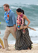 Meghan Markle & Prince Harry Visit Bondi Beach