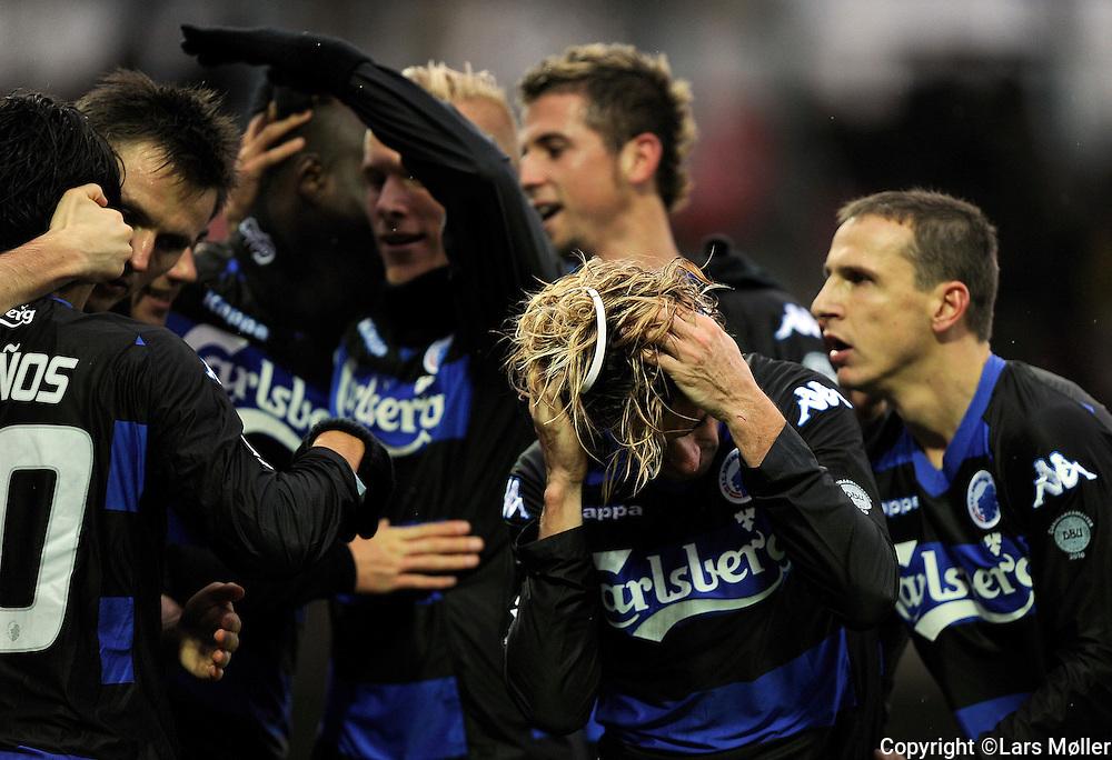 DK Caption:<br /> 20101024, Silkeborg, Danmark, Superliga fodbold: C&eacute;sar Santin, FCK. har scoret til 1-0<br /> Foto: Lars M&oslash;ller<br /> UK Caption:<br /> 20101027, Silkeborg, Denmark, Superliga fodbold:  C&eacute;sar Santin, FCK. har scoret til 1-0<br /> Photo: Lars Moeller