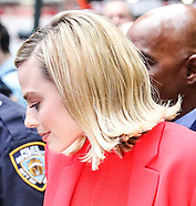"Margot Robbie arriving at ""GMA"" in New York City - 11 Octt 2017"