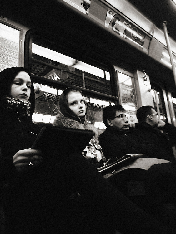 dark, crisis, recession, drama, dramatic, tired, tiredness, weariness, alone, loneliness, desolate, desolation, difficulty, difficult, difficulties, isolation, isolate, isolating, isolates, lonely, Italy, Milan, Milano, Lombardy