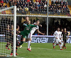 December 3, 2017 - Italy - Benevento, Italy. December 3, 2017:.Benevento goalkeeper Alberto Brignoli tries to save the header of Gaetano Bonaventura who will score. The Benevento after 14 losses manages to equalize and make the first point in Serie A (Credit Image: © Zumapress via ZUMA Wire)
