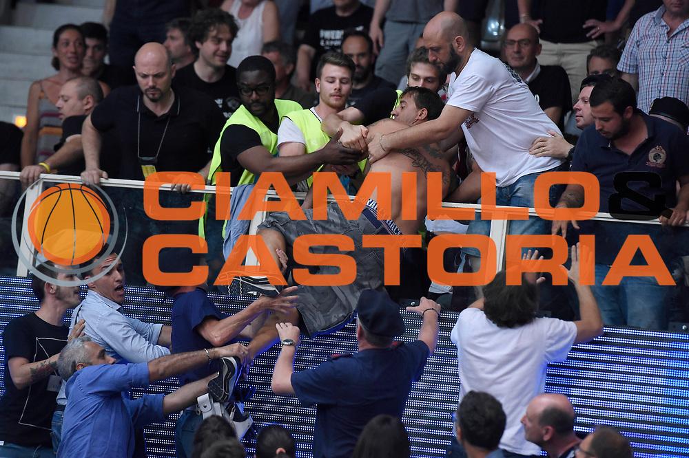 tifosi Umana Reyer Venezia<br /> Dolomiti Energia Aquila Basket Trento - Umana Reyer Venezia<br /> Lega Basket Serie A 2016/2017<br /> Playoff, finale gara 3<br /> Trento, 14/06/2017<br /> Foto M.Ceretti / Ciamillo-Castoria