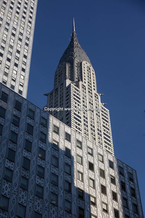 New York, the Chrysler and Mobil buildings  Manhattan midtown  United states / le Chrysler et  le Mobil Building dans midtown   Manhattan, New York - Etats-unis