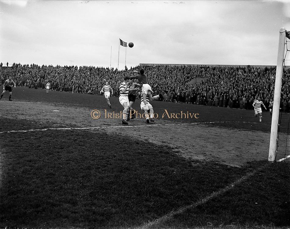 27/04/1958<br /> 04/27/1958<br /> 27 April 1958<br /> Soccer: Evergreen United v Shamrock Rovers at Dalymount Park, Dublin.