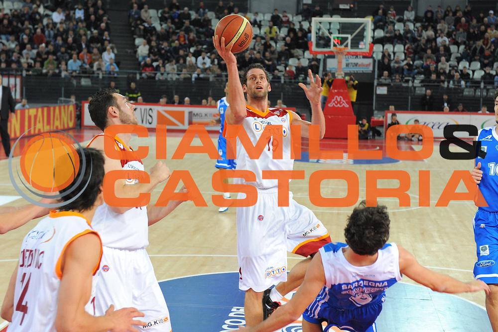 DESCRIZIONE : Roma Lega A 2010-11 Lottomatica Virtus Roma Dinamo Sassari<br /> GIOCATORE : Vladimir dasic<br /> SQUADRA : Lottomatica Virtus Roma Dinamo Sassari<br /> EVENTO : Campionato Lega A 2010-2011 <br /> GARA : Lottomatica Virtus Roma Dinamo Sassari<br /> DATA : 28/12/2010<br /> CATEGORIA : Tiro<br /> SPORT : Pallacanestro <br /> AUTORE : Agenzia Ciamillo-Castoria/GiulioCiamillo<br /> Galleria : Lega Basket A 2010-2011 <br /> Fotonotizia : Roma Lega A 2010-11 Lottomatica Virtus Roma Dinamo Sassari<br /> Predefinita :