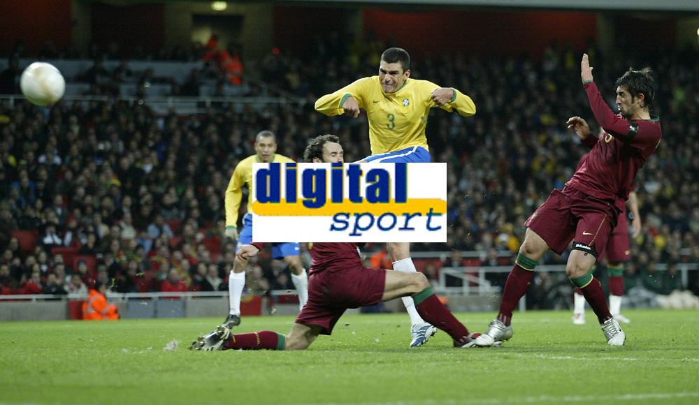 Photo: Marc Atkins.<br /> Brazil v Portugal. International Friendly. 06/02/2007.