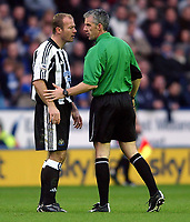 Photo. Matthew Lewis.<br /> Leicester City v Newcastle United. FA Barclaycard Premiership. 26/12/2003.<br /> <br /> Newcastle's Alan Shearer has a word with referee Chris Foy.