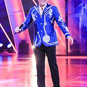 NLD/Hilversum/20130119 - 4e Liveshow Sterren Dansen op het IJs 2013, Gerard Joling