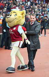 BIRMINGHAM, ENGLAND - Easter Sunday, March 31, 2013: Liverpool's manager Brendan Rodgers before the Premiership match against Aston Villa at Villa Park. (Pic by David Rawcliffe/Propaganda)