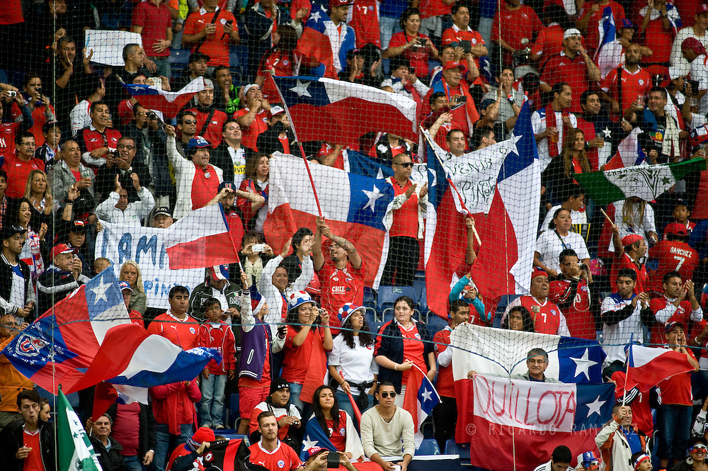 14.09.13. Brondby, Denmark.Chilean fans enjoy the atmosphere during the international friendly match against Irak at the Brondbyn Stadium in Denmark.Photo: © Ricardo Ramirez