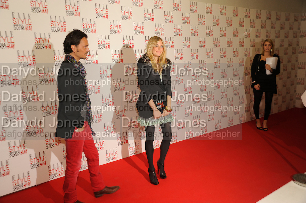 MATTHEW WILLIAMSON; SIENNA MILLER, The Elle Style Awards 2009, The Big Sky Studios, Caledonian Road. London. February 9 2009.  *** Local Caption *** -DO NOT ARCHIVE -Copyright Photograph by Dafydd Jones. 248 Clapham Rd. London SW9 0PZ. Tel 0207 820 0771. www.dafjones.com<br /> MATTHEW WILLIAMSON; SIENNA MILLER, The Elle Style Awards 2009, The Big Sky Studios, Caledonian Road. London. February 9 2009.