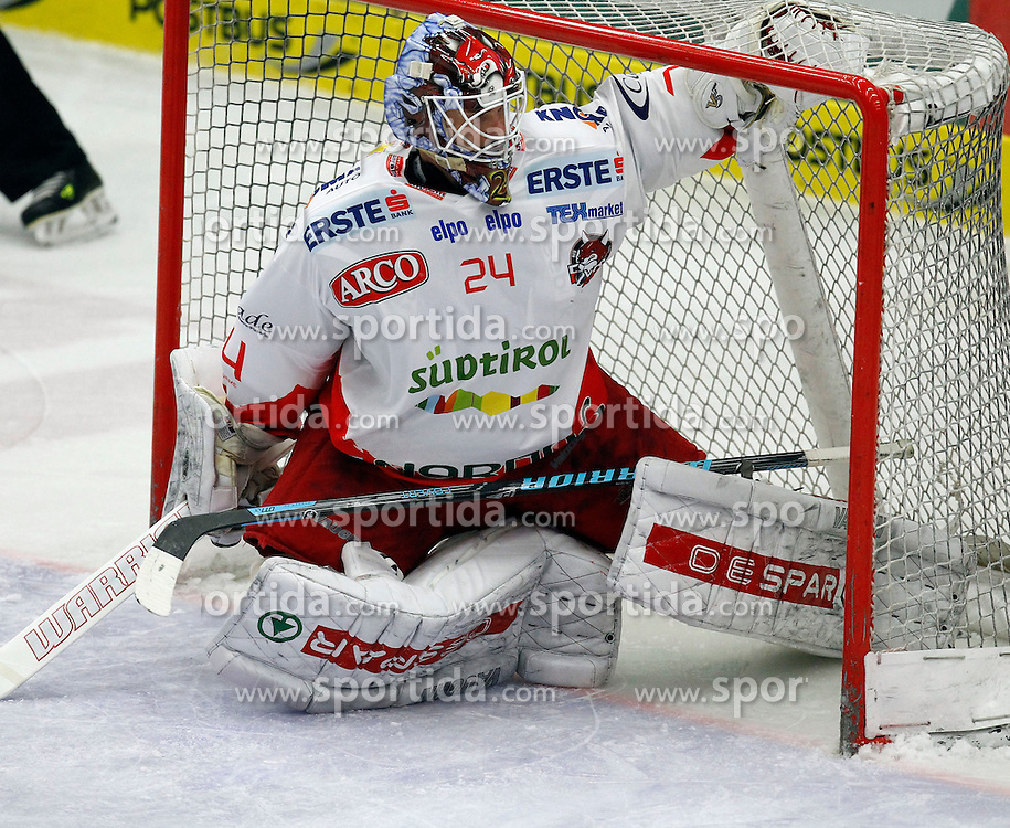 30.03. 2014, Stadthalle, Villach, AUT, EBEL, EC VSV vs HCB Suedtirol, Playoff Halbfinale 4. Runde, im Bild Jaroslav Huebl (HCB Suedtirol,#24) // during the Erste Bank Icehockey League Playoff Semifinal 4th Round match between EC VSV vs HCB Suedtirol at the City Hall, Villach, Austria, 2014/03/30, EXPA Pictures © 2014, PhotoCredit: EXPA/ Oskar Hoeher
