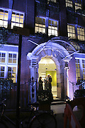 Imagination Building, Colman Getty's 20th Birthday party. The Imagination Gallery. Store St. London W1. 17 January 2006.  -DO NOT ARCHIVE-© Copyright Photograph by Dafydd Jones. 248 Clapham Rd. London SW9 0PZ. Tel 0207 820 0771. www.dafjones.com.