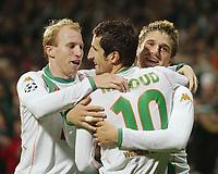 Fotball, 02. november 2004, Champions League SV Werder Bremen - RSC Anderlecht<br /> 3:1 Jubel v.l. Ludovic MAGNIN, Johan MICOUD, Ivan KLASNIC Bremen