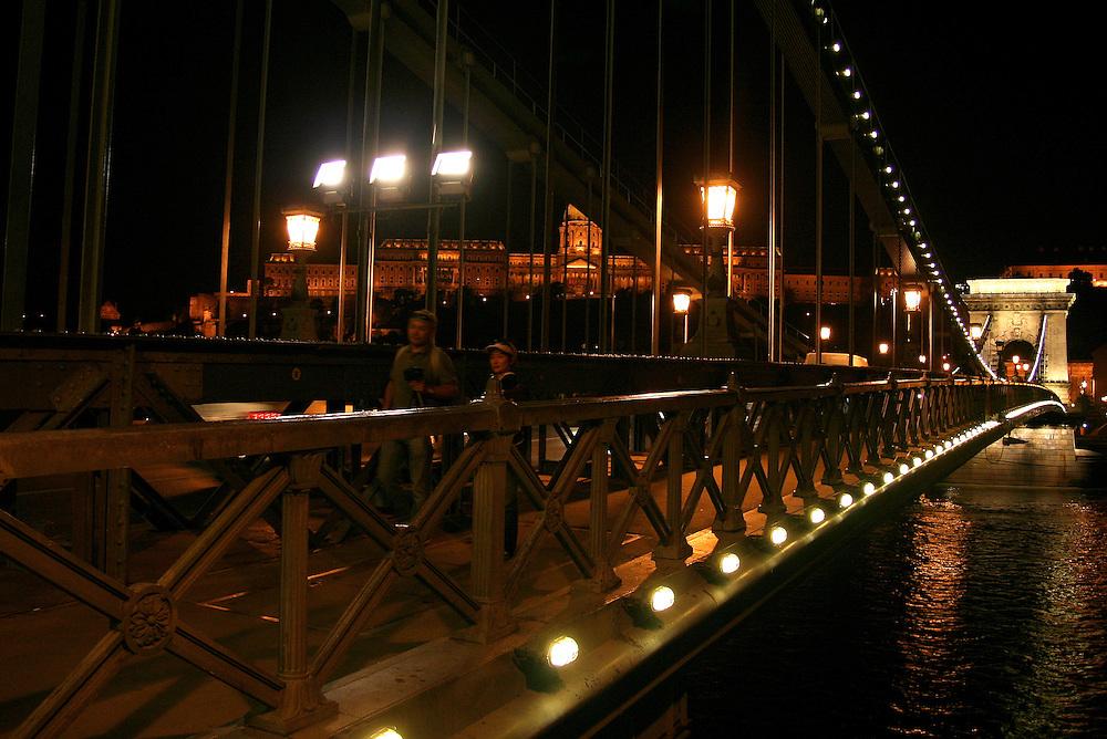 Széchenyi Chain Bridge (Lánchíd) &  & Royal Palace (Királyi Palota), Budapest, Hungary
