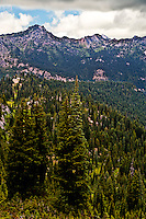 Cascade Mountain Range near Chinook Pass Willian O Douglas Wilderness in the Wenatchee National Forest, Washington state, USA