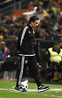 Valencia's  coach Gary Neville during Spain King Cup match. December 16, 2015. (ALTERPHOTOS/Javier Comos)