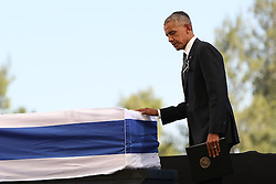 JERUSALEM, Sept. 30, 2016 (Xinhua) -- U.S. President Barack Obama pays his respect to the coffin of Israel's former president Shimon Peres during his funeral at Mount Herzl cemetery in Jerusalem, Sept. 30, 2016. (Xinhua/Guoyu) (Credit Image: © Guo Yu/Xinhua via ZUMA Wire)