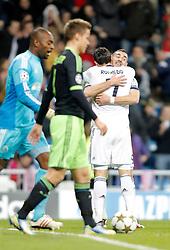 04-12-2012 VOETBAL: CL REAL MADRID - AFC AJAX AMSTERDAM: MADRID<br /> Cristiano Ronaldo and Karim Benzema celebrate and forground Kenneth Vermeer<br /> ***NETHERLANDS ONLY***<br /> ©2012-FotoHoogendoorn.nl