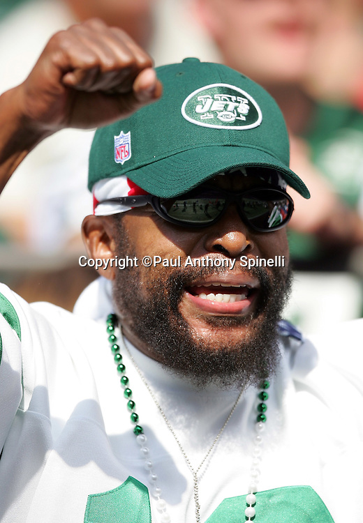 EAST RUTHERFORD, NJ - OCTOBER 1:  Actor Mr. T, who made his claim to fame playing boxer Clubber Lang in the 1982 movie Rocky III, cheers from the sidelines of the New York Jets game against the Indianapolis Colts at the Meadowlands on October 1, 2006 in East Rutherford, New Jersey. The Colts defeated the Jets 31-28. ©Paul Anthony Spinelli *** Local Caption *** Mr. T