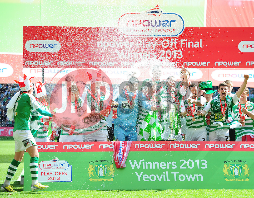 Yeovil players celebrate promotion - Photo mandatory by-line: Joe Meredith/JMP - Tel: Mobile: 07966 386802 19/05/2013 - SPORT - FOOTBALL - LEAGUE 1 - PLAY OFF - FINAL - Wembley Stadium - London - Brentford V Yeovil Town