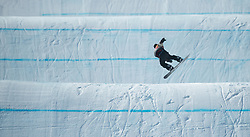 February 10, 2018 - Pyeongchang, South Korea - TYLER NICHOLSON of Canada makes his way down the Snowboard Slopestyle course Sunday at Phoenix Snow Park at the Pyeongchang Winter Olympic Games. Nicholson finished in fourth place. (Credit Image: © Mark Reis via ZUMA Wire)